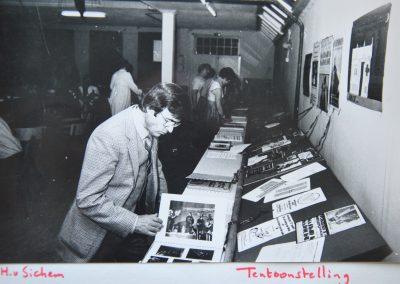 20-ellendigen-tentoonstelling 100 jaar O
